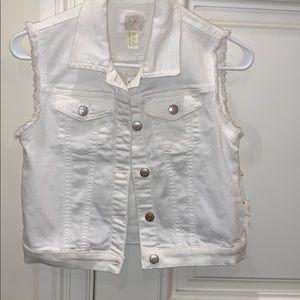 white short sleeve denim button up vest